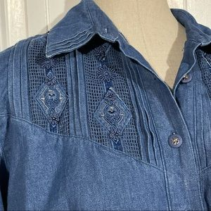 Vintage Chambray Button Front Long Sleeve Top